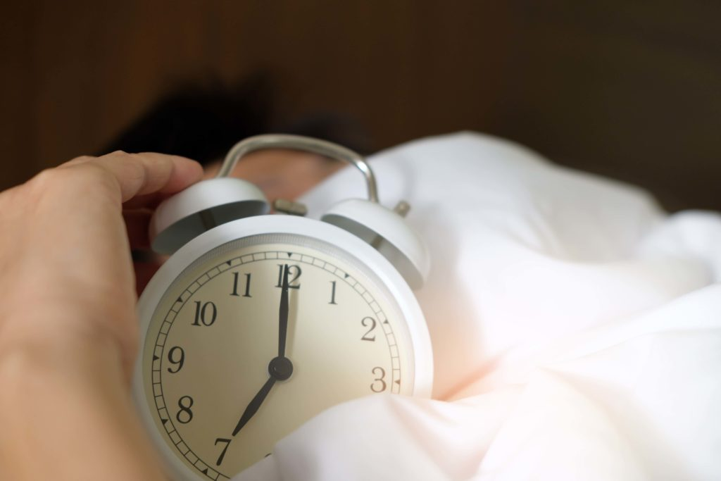 毎日同じ時間に寝る